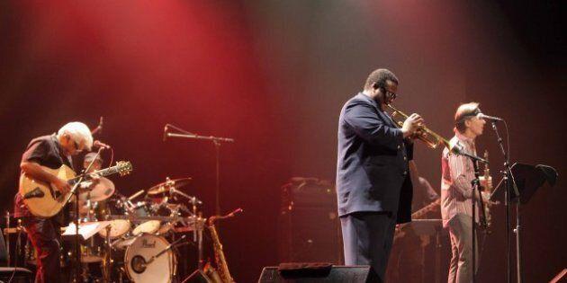 Miles Smiles: un hommage énergique des anciens musiciens de Miles Davis