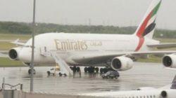 Un A380 d'Airbus en provenance de Dubaï se pose d'urgence à