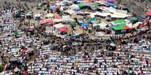 Égypte: les Frères musulmans vont poursuivre leur sit-in Place