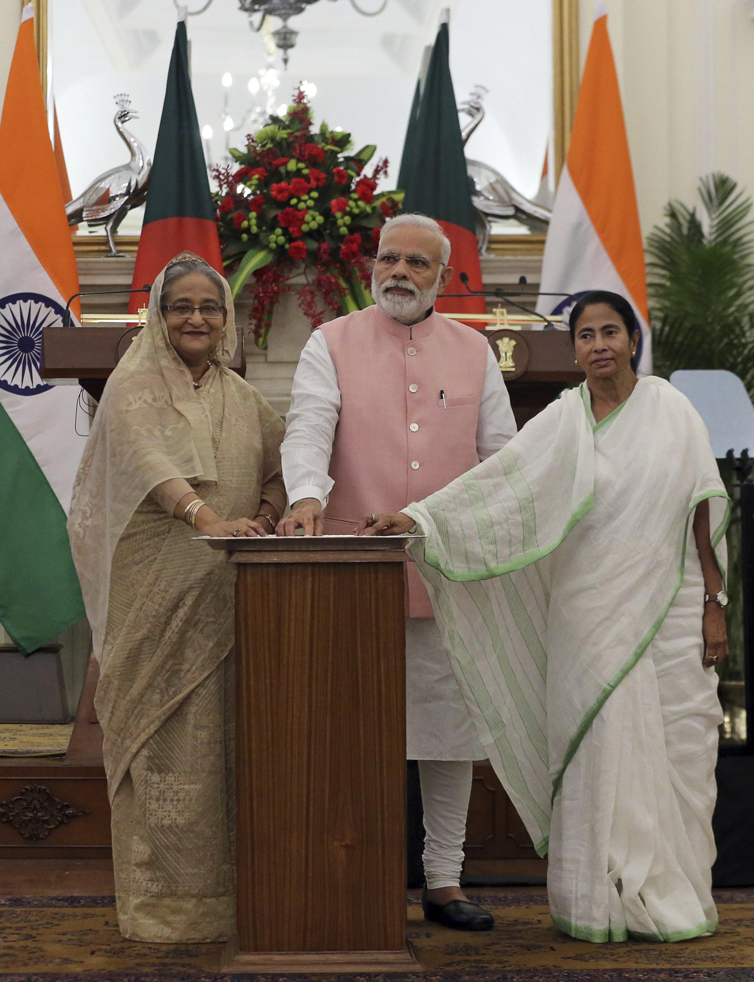 The Modi-Mamata Saga: Who Didn't Pick Up Whose Call And