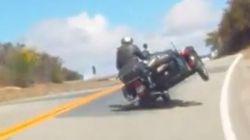 Deux motocyclistes font fi d'interdictions de conduire de 44 et 88