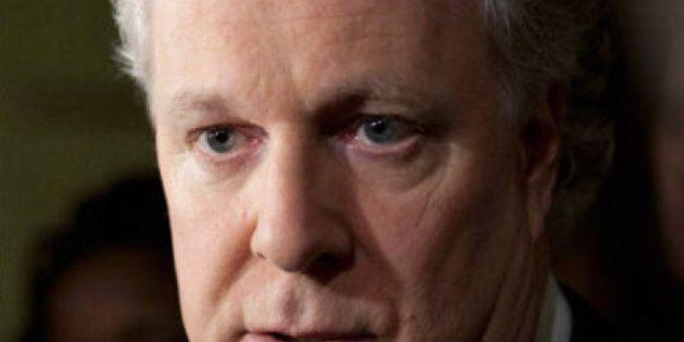 Charest prévient Harper qu'il veut un dialogue dans le dossier des