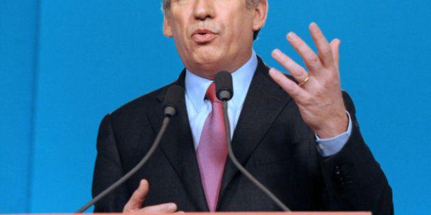 France: le centriste François Bayrou votera pour François Hollande