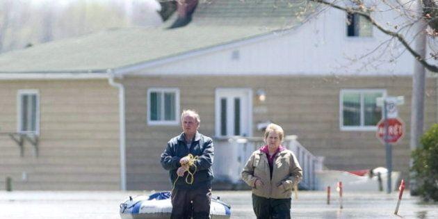 Les sinistrés du Richelieu réclament 200 millions $ à Québec et