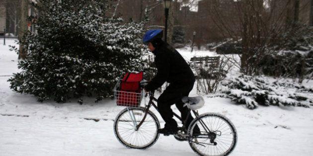 Des cyclistes font la promotion du «vélo quatre saisons» comme mode de