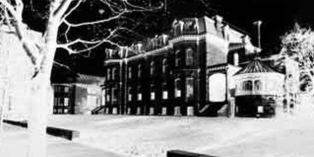 Musée McCord: Empreinte d'une ville, Montréal en sténopé, une exposition du photograhe Guy