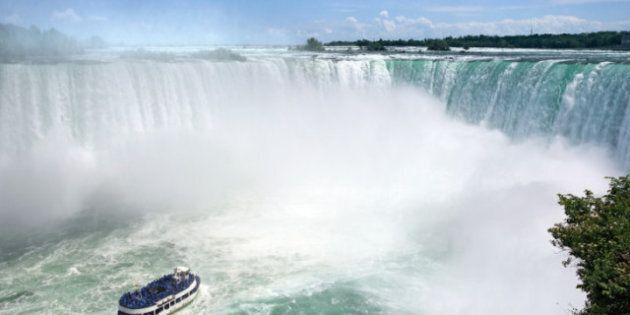 Niagara: un cascadeur va tenter de traverser les chutes sur un fil de