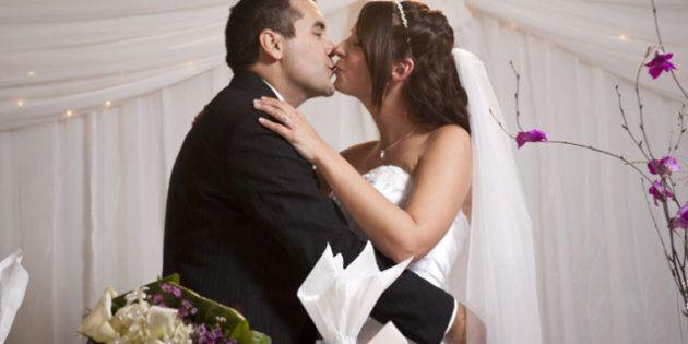 Santé: les mariés plus en forme après une opération que les