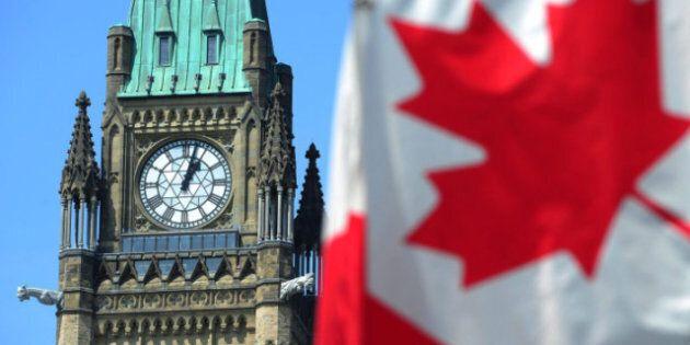 Ottawa pourrait éliminer son déficit deux ans plus tôt que prévu, selon la