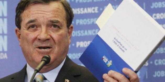 Budget Flaherty: les conservateurs serrent la ceinture à l'appareil