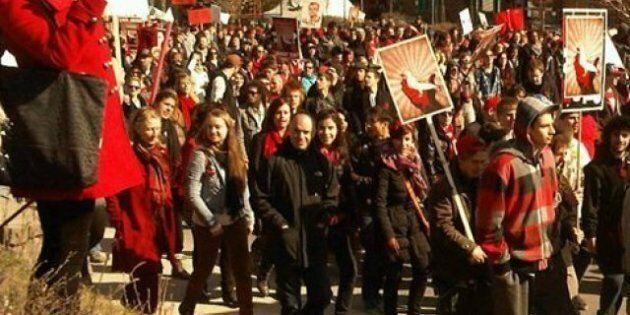 2000 étudiants manifestent dans la circonscription de Jean