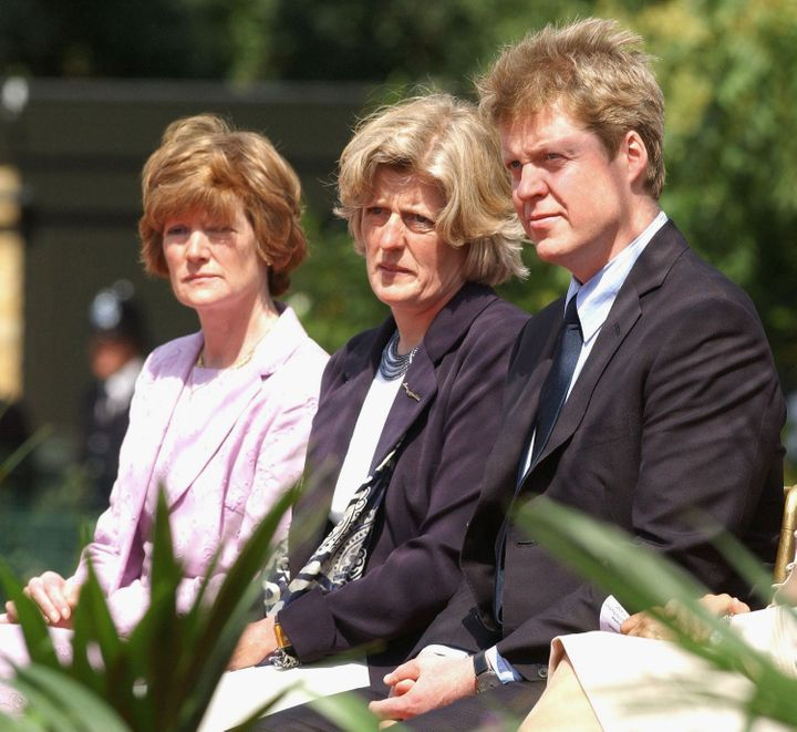 Lady Sarah McCorquodale, Lady Jane Fellowes and Earl Spencer at the opening of a fountain built in Diana's memory in London's Hyde Park in 2004.