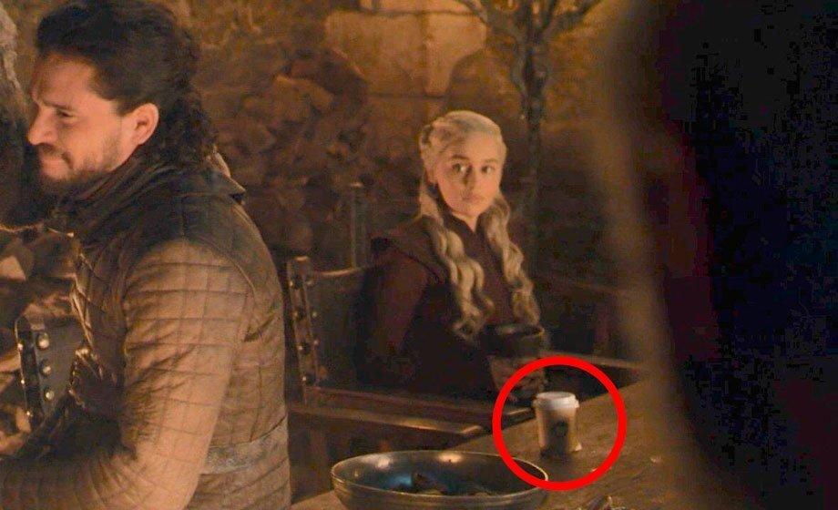 Talvez você não tenha visto, mas um copo de café da Starbucks apareceu em 'Game of