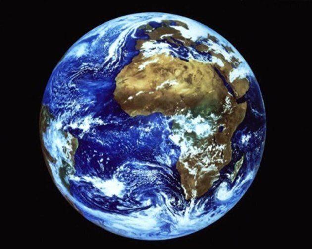 Avant l'intervention des humains, le taux de CO₂ dans l'atmosphère variait sur des périodes allant de...