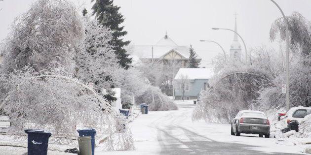 Les résidents de Laval ont reçu plus d'une dizaine de millimètres de pluie verglaçante,