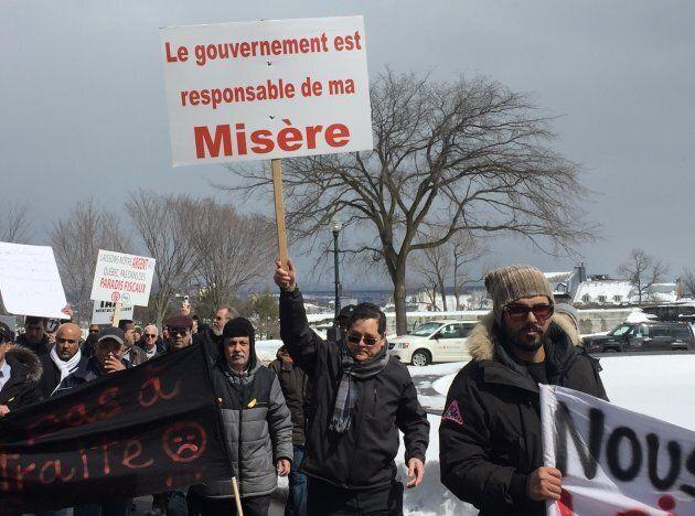 Des centaines de chauffeurs de taxis de partout à travers la province ont convergé vers Québec le mercredi, 10 avril 2019.