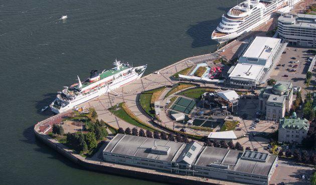 Des bateaux de croisière sont amarrés au Port de Québec. L'administration Labeaume souhaite doubler le...