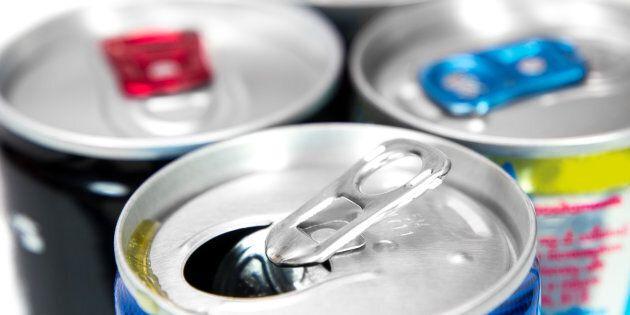 Sondage Léger: un Québécois sur dix consomme des boissons