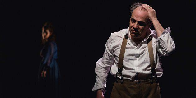 Grâce à la contribution de huit auteures contemporaines, la pièce intitulée Strindberg donnée à l'Espace...