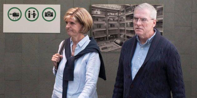 Raymond Bissonnette (droite) et la mère d'Alexandre Bissonnette, Manon