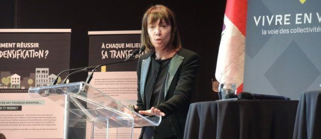 Janette Sadik-Khan lors d'un colloque sur la densification organisé par l'organisme Vivre en ville, à Montréal.