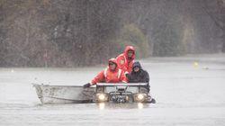 Inondations: «Courage! Il reste quelques journées difficiles», dit
