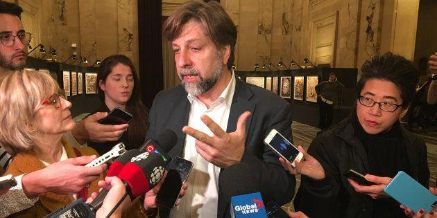 Le maire du Plateau-Mont-Royal Luc Ferrandez a lancé un «f**k you» au monde entier ce