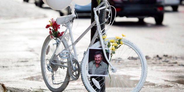 Un vélo fantôme en l'honneur de Clément Bazin, présenté à Montréal en novembre 2018.