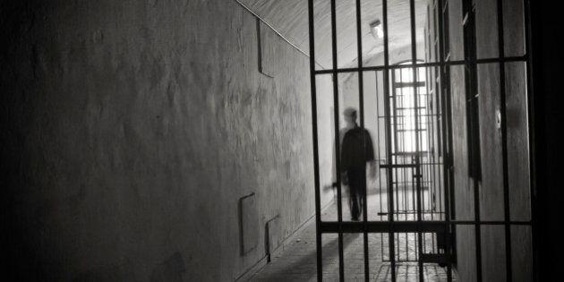 Le gouvernement libéral veut limiter l'isolement préventif en