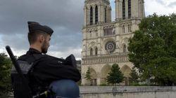 Notre-Dame de Paris: des images du millier de personnes confinées dans la cathédrale