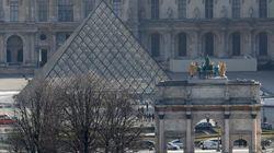 Le Musée du Louvre a rouvert, l'assaillant placé en garde à vue à