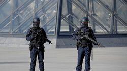 L'assaillant du Louvre soupçonné d'avoir tweeté avant