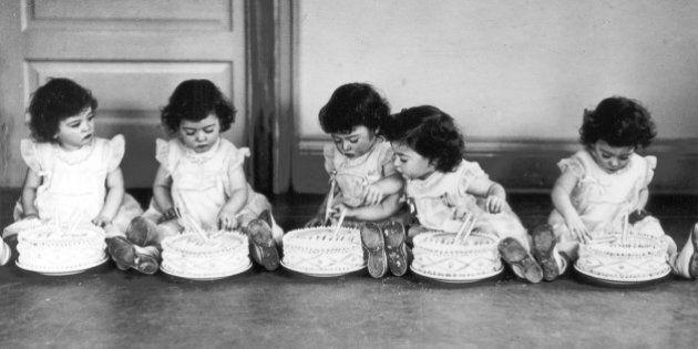 (GERMANY OUT) *28.05.1934-Die fünf Schwestern Dionne aus Kanada (Reihenfolge unbekannt) Annette, Cecile,...
