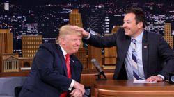 Fallon malmène les cheveux de Trump au «Tonight Show»