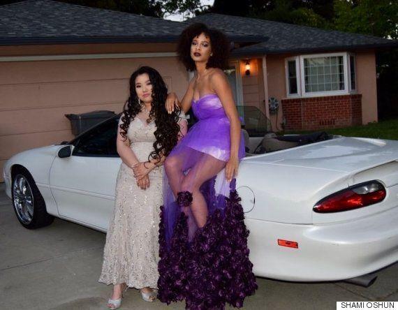 Cette adolescente a confectionné sa propre robe la veille de son bal des finissants