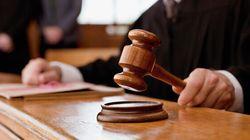 Décret anti-réfugiés: un juge interdit l'expulsion des personnes interpellées aux