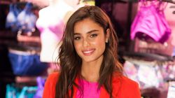 L'ange de Victoria's Secret Taylor Hill ne ressemble plus à