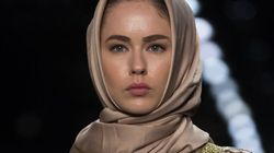 Semaine de mode de New York: Anniesa Hasibuan amène les hijabs sur les