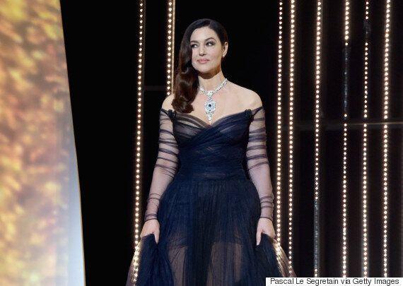 Festival de Cannes: Monica Bellucci dévoile un sein pendant son discours d'ouverture