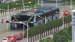 Un autobus géant enjambeur sera testé en Chine