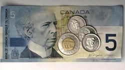 Alberta: le salaire minimum augmentera en octobre et atteindra 15 $ en