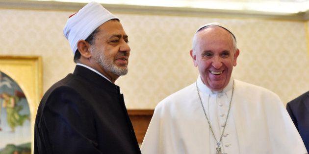 VATICAN CITY, VATICAN - MAY 23: Pope Francis greets Grand Imam of Al-Azhar, Sheik Ahmed Muhammad Al-Tayyib,...