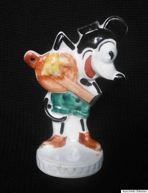 Le Mickey Mouse d'un enfant déporté à Auschwitz revoit le