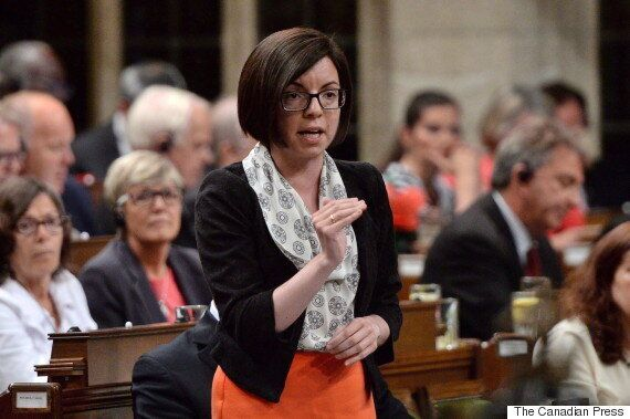 Niki Ashton, députée au Manitoba, est candidate à la direction du
