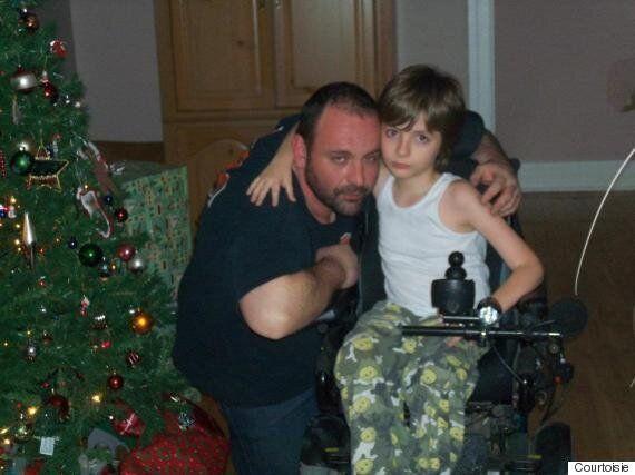 Le combat d'un père pour son fils handicapé