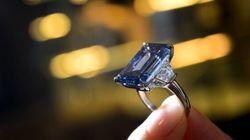Le diamant bleu Oppenheimer pièce maîtresse des enchères de Christie's à Genève