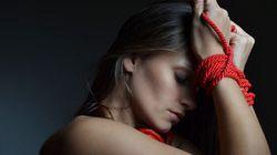 Comment le «bondage» peut aider les couples en mal de