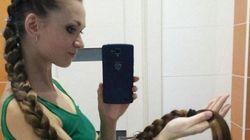 Après avoir fait pousser ses cheveux pendant 13 ans, elle rivalise avec