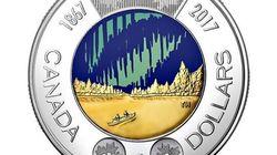 Le Canada lance une nouvelle pièce de 2 dollars qui brille dans le