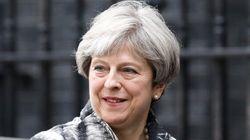 Brexit : Theresa May tente de rassurer les